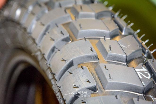 Welche Funktion haben die Gummi-Nippel auf einem Motorrad-Reifen - Das Geheimnis ist gelüftet