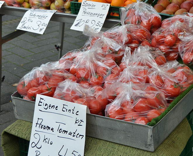Wichtig ist für viele Kunden genau ein solches Angebot. Zu wissen, wo eine Frucht, das Gemüse, Fleisch, Eier und anderes herkommen, wie und wo es gewachsen, gemacht, verarbeitet wurde.
