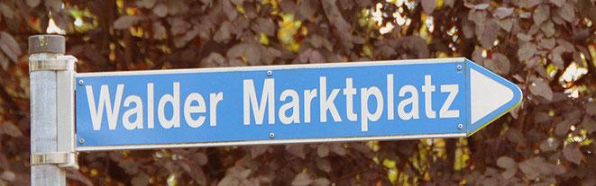 Quizfrage: Auf welchem Platz findet der Walder Markt statt?  Ganz im Ernst, wirklich auf dem Walder Marktplatz.