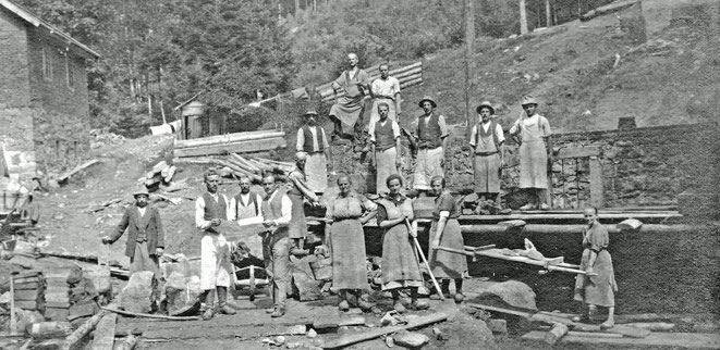 1922 Bau des zweiten E-Werks (Weishäupl) neben dem Lichthäusl