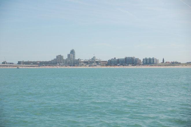 Belgische Küste, zu 60% mit Hochhäusern bebaut...