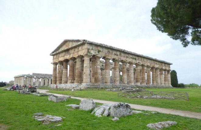 Le Temple de Neptune, Paestum, Italie