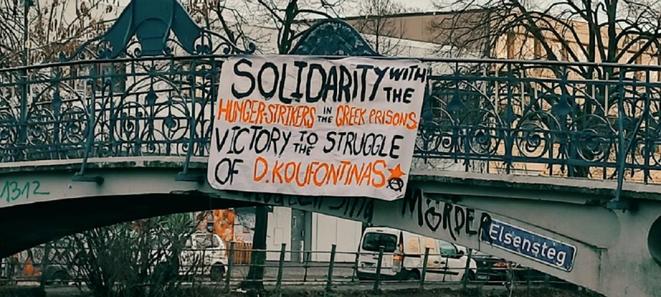 Solidaritetsbanner i Berlin