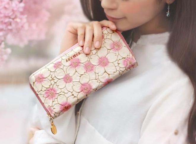 aa1192b8f692 AETHER(エーテル)可愛い花柄財布&バッグの口コミ! - 大人可愛さ200%