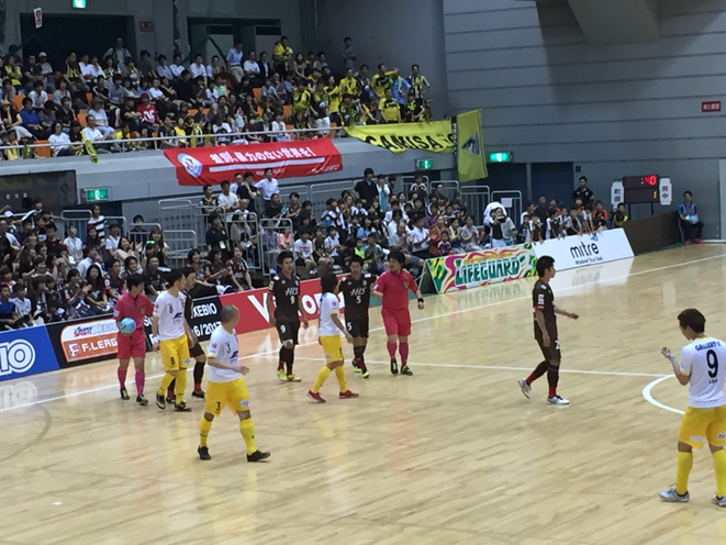 One of Exciting moments F-League Tokyo Tama Derby match Fuchu Athletic - Pescadola Machida Tokyo fuchu sport attraction entertainment event futsal tourism TAMA Tourism Promotion - Visit Tama