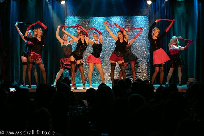 Burlesque-Show, Burlesque lernen, Burlesque Workshop München, Burlesquekurs, Burlesqueunterricht, Pinup Dance, Striptease lernen, Bayern, Burlesque Germany, Bavaria, Süddeutschland, Österreich, Schweiz