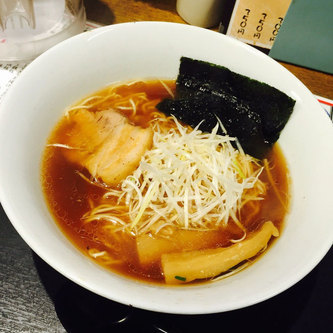 Image photo of Shoyu Ramen (Ramen with soy sauce based soup) 醤油ラーメン イメージ画像