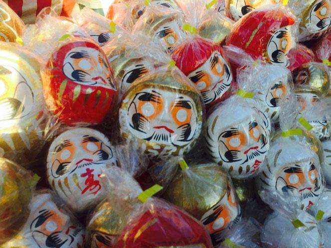 Image photo of Dharma Dolls fortune items winter event tourist spot Tokyo Ome city TAMA Tourism Promotion - Visit Tama だるま市 イメージ画像 東京都青梅市 イベント 観光スポット 多摩観光振興会