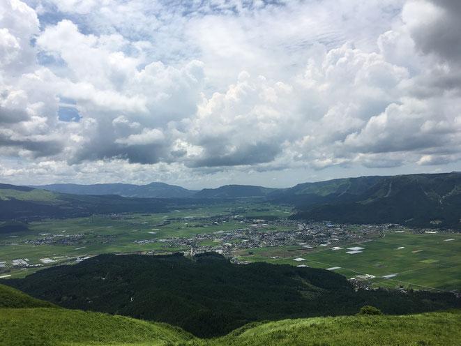 福岡県手乗りインコ小鳥販売店ペットミッキン 平成28年11月13日の阿蘇山