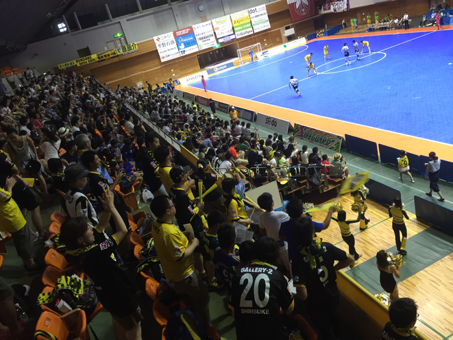 Futsal F-League match between Pescadola Machida and Fugador Sumida at Machida municipal gymnasium Tokyo Machida city supporter futsal sport tourism