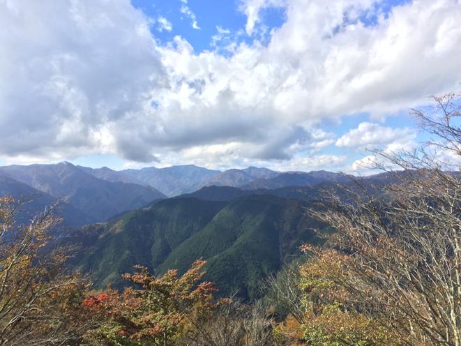 Mountains in Western Tokyo Tama area nature healing refresh hiking trecking Tokyo Okutama tourist spot Visit Tama Tourism