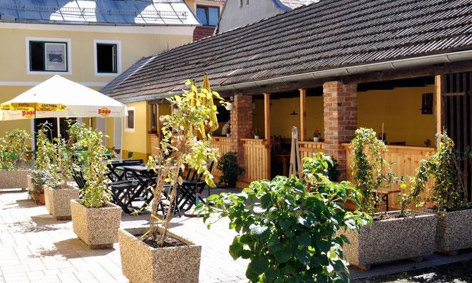 Gastgarten Wirtshaus Steirerhof Sankt Veit