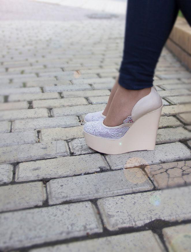 свадебные туфли, свадебные босоножки на платформе, свадебные туфли Киев Москва Севастополь Прага, свадебые туфли айвори
