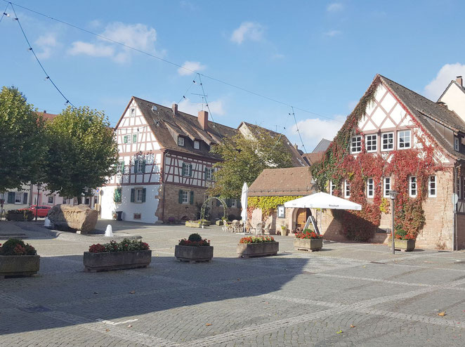 Otterberg, Kirchplatz