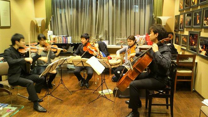 アクアリオ弦楽五重奏団
