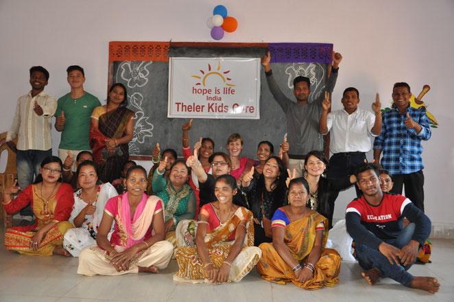 Die Teams von Nepal und Indien vereint