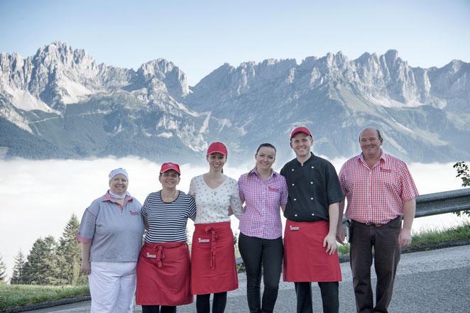 Treichlhof Team von Links: Gabriele, Kati, Mira und Mira, Herbert jun und Herbert sen.