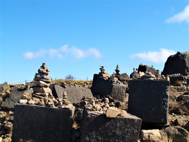 あじさい鍼灸マッサージ治療院 箱根神社元宮側の石積み場。