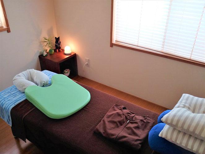 あじさい鍼灸マッサージ治療院 鍼灸マッサージサロンなごみのベッド