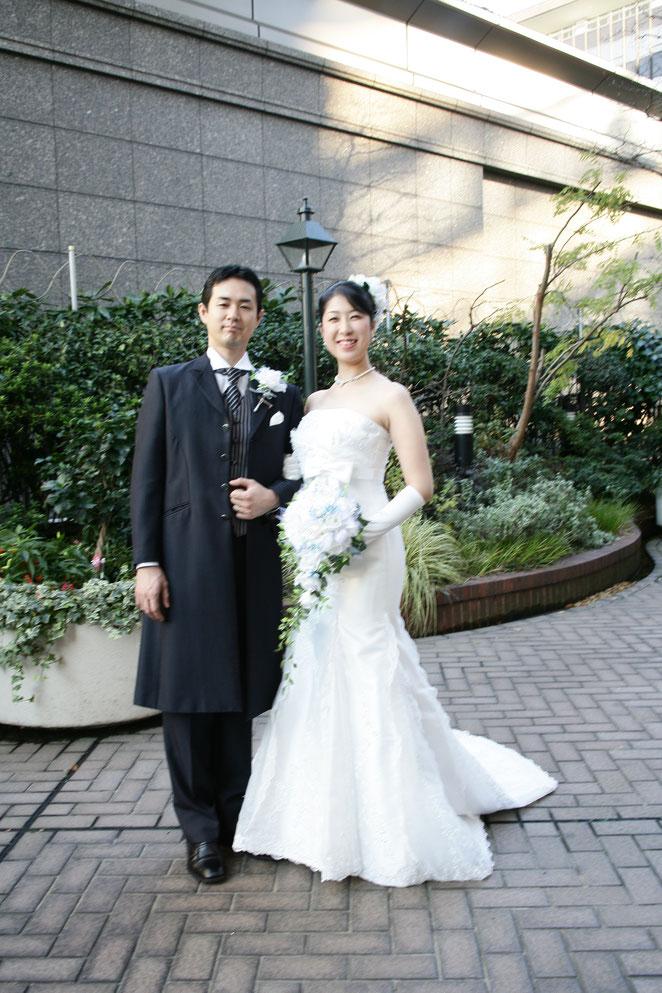 あじさい鍼灸マッサージ治療院 結婚式洋装