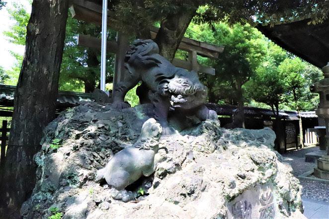 あじさい鍼灸マッサージ治療院 牛嶋神社の獅子山