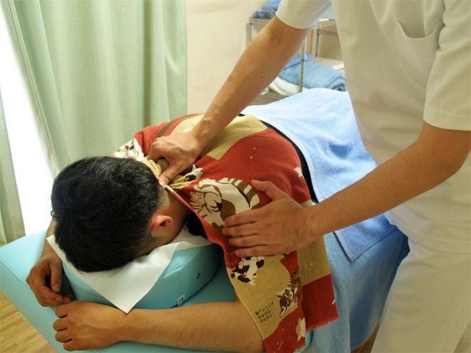 あじさい鍼灸マッサージ治療院 按摩指圧の様子