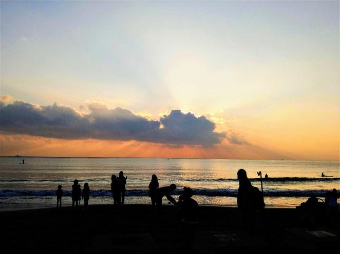 あじさい鍼灸マッサージ治療院 江ノ島の海岸夕暮れ
