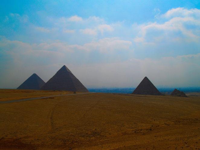 あじさい鍼灸マッサージ治療院院 新婚旅行で訪れたエジプト