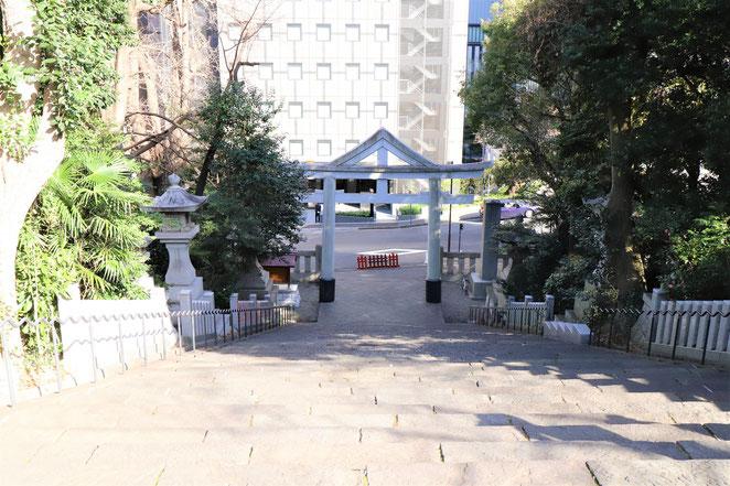 あじさい鍼灸マッサージ治療院 日枝神社の石階段(男坂)