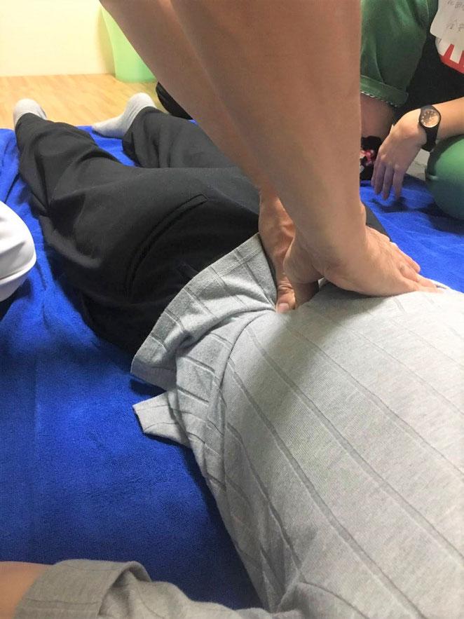 あじさい鍼灸マッサージ治療院 指圧指導の風景