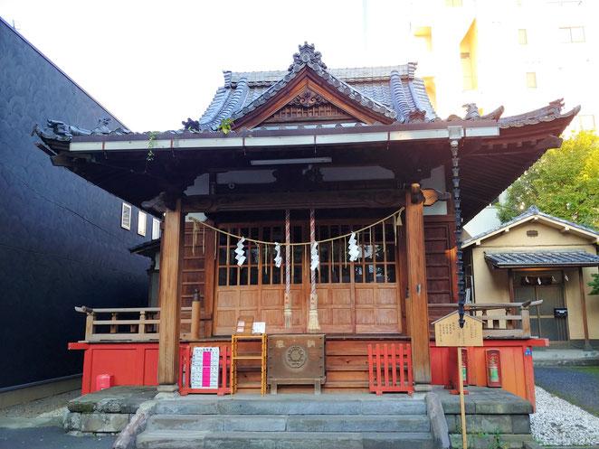 あじさい鍼灸マッサージ治療院 江島杉山神社の本殿