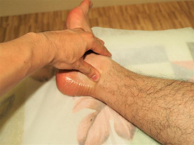 あじさい鍼灸マッサージ治療院 マッサージ 強擦のイメージ