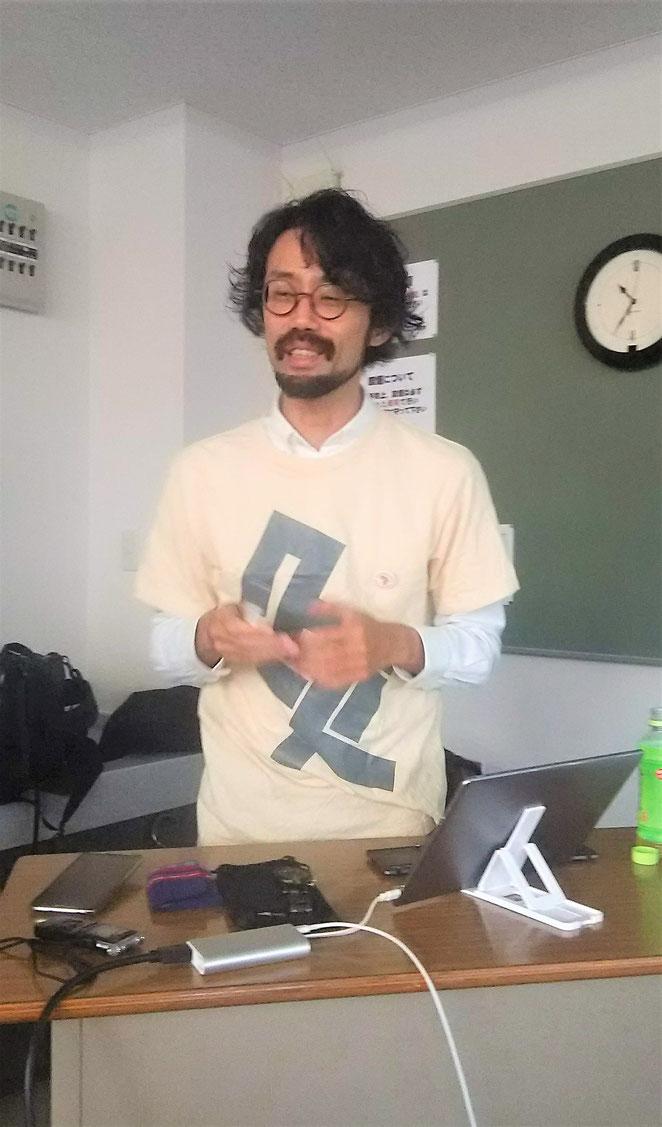 あじさい鍼灸マッサージ治療院 呉竹祭で講演をする山さん