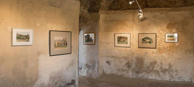 lieu inattendu ou l'enduit des murs joue avec l'humidité et la lumière