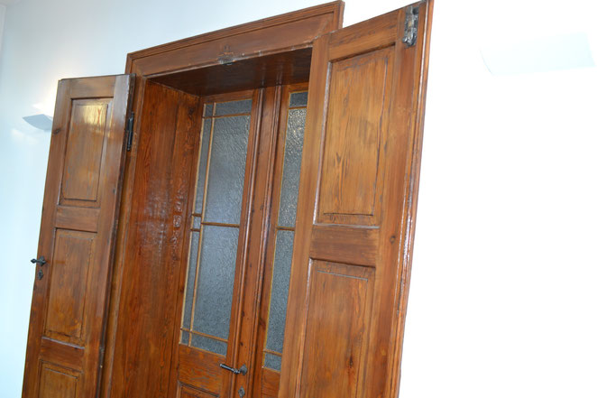 vom Wintergarten zum Wohnzimmer: Doppelte doppelflüglige Gründerzeittür