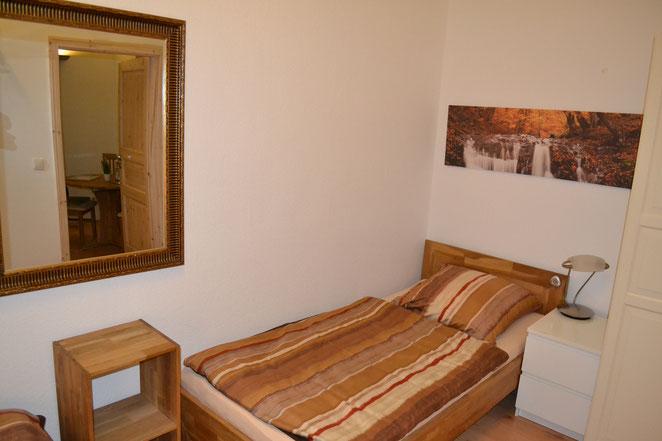 Hallunke - Schlafzimmer neu 2021 - Einzelbett 90/200 Eiche