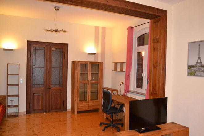 Wohnzimmer - hinterer Teil zum Wintergarten