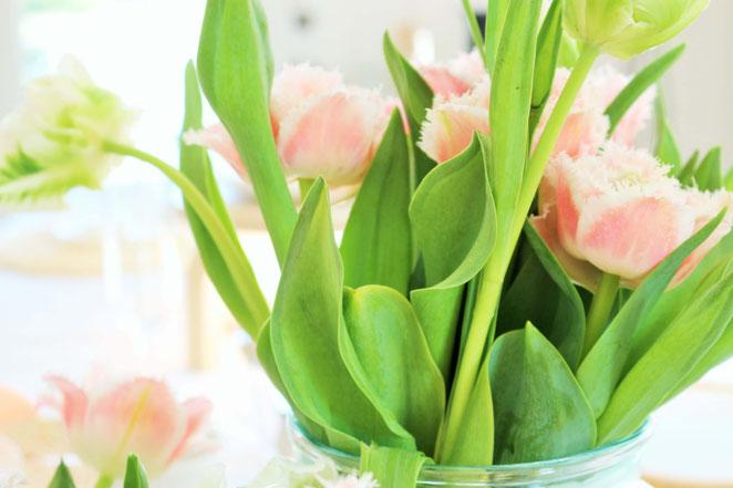 Bild: Ostern trotz Coronakrise feiern - 15 Gründe, Tipps und Ideen um das Osterfest auch im kleinsten Kreis schön zu gestalten! // www.partystories.de // #Ostern #Corona #Ostern2020