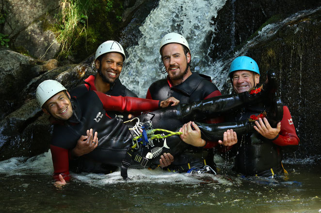 canyoning ardeche entre amis besorgues