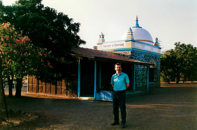Tony at Meher Baba's Tomb, Upper Meherabad, India - 1988