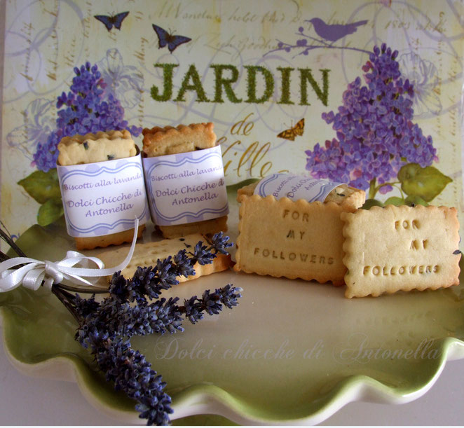 Biscotti alla lavanda-recipe cookies lavander-www.iltavolierespeziato.jimdo.com