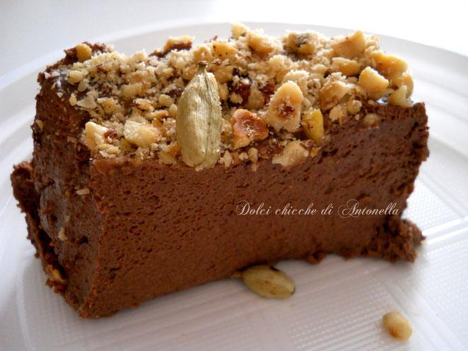 MOusse cioccolato cardamomo-www.iltavolierespeziato.jimdo.com