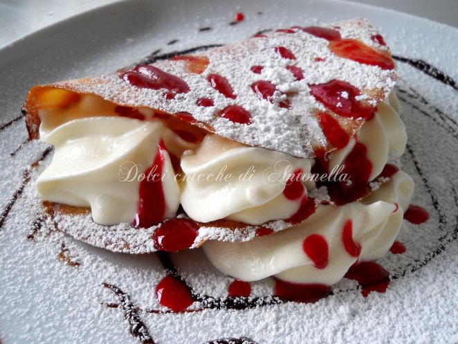 cialda con mousse al cioccolato bianco ricetta-www.iltavolierespeziato.jimdo.com