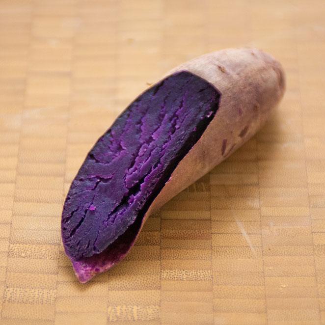 アヤムラサキ焼き芋断面