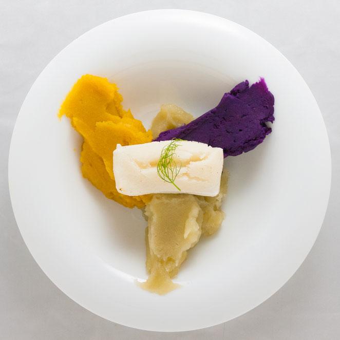 3色の焼き芋に焼き餅をやいて。