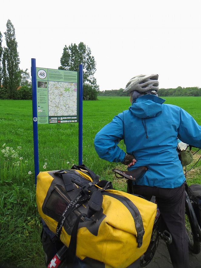 An der niederländisch-deutschen Grenze bei Vreden. Auf Wiedersehen, Holland!