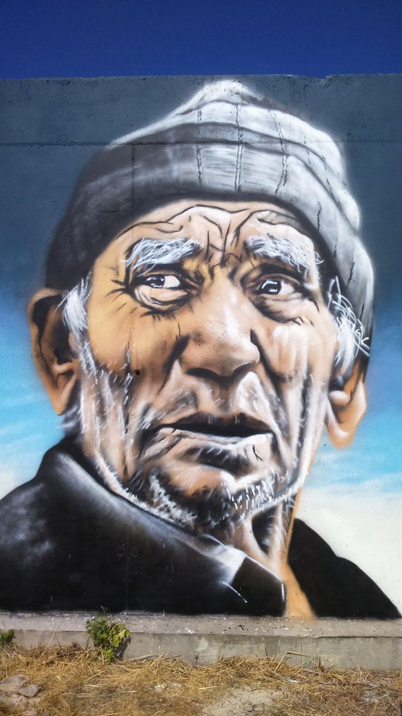 fresque-murale-portrait-homme-street-art