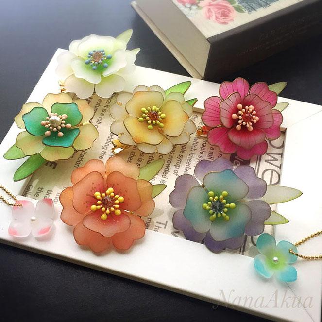 ナナアクヤの立体花プラバンのコサージュ