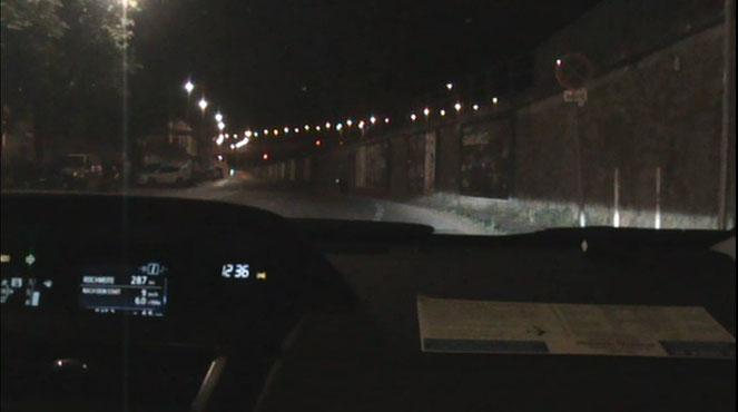 Neuer Reflektor bei Straßenbeleuchtung - Test in der Stadt