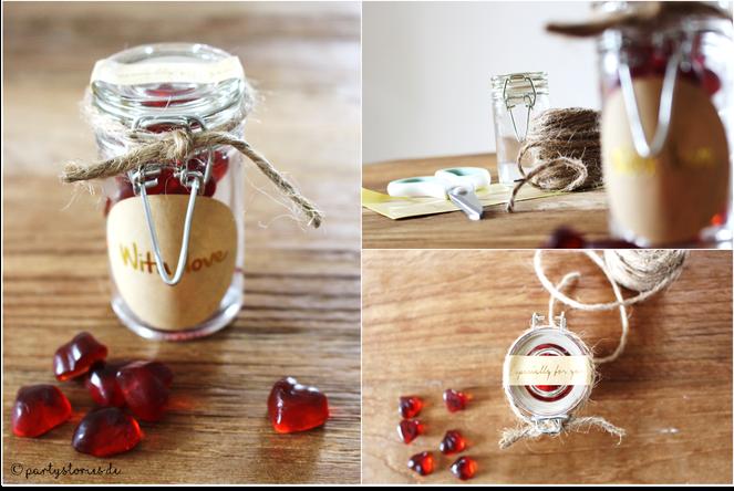 Bild: Geschenk für Valentinstag, Süßes verschenken, DIY Geschenk, Geschenk im Glas